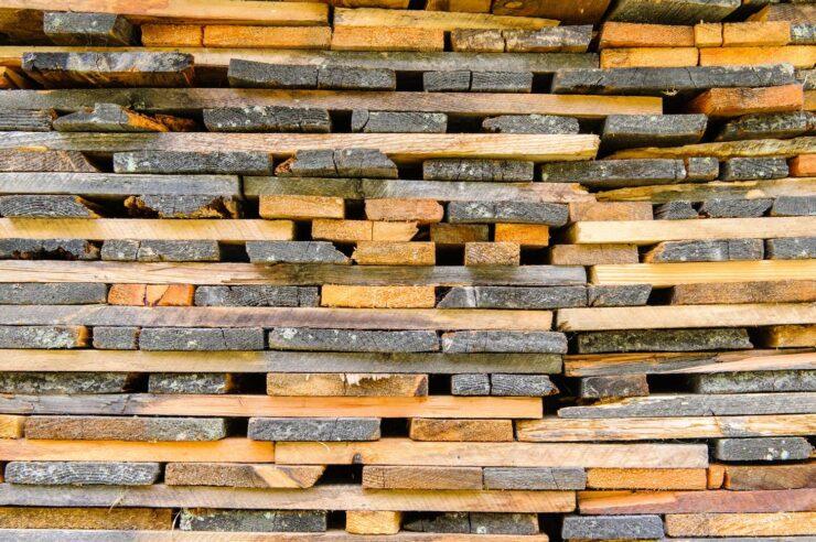 Jak uzyskać certyfikat ce na drewno konstrukcyjne?