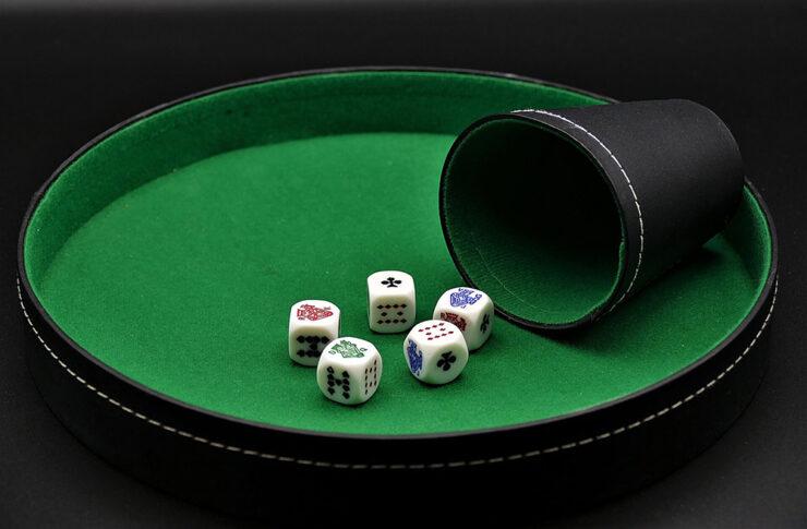 Jak rozpoznać u kogoś uzależnienie od hazardu?